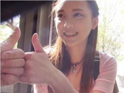 〔外人ナンパ〕街中で見かけた激カワ外国人を声掛けナンパ!二十歳の娘が一人旅w悪い大人に捕まってハメ撮り撮影