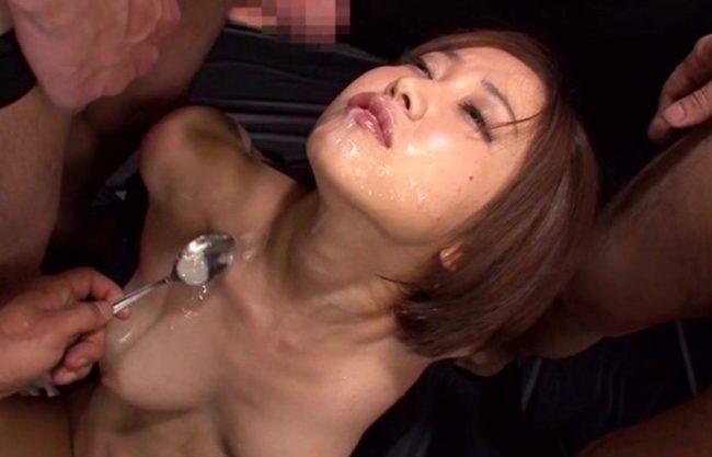 【篠田ゆう】爆乳おっぱいのお姉さんが犯され拷問される一部始終!やられたい放題の精子まみれ!