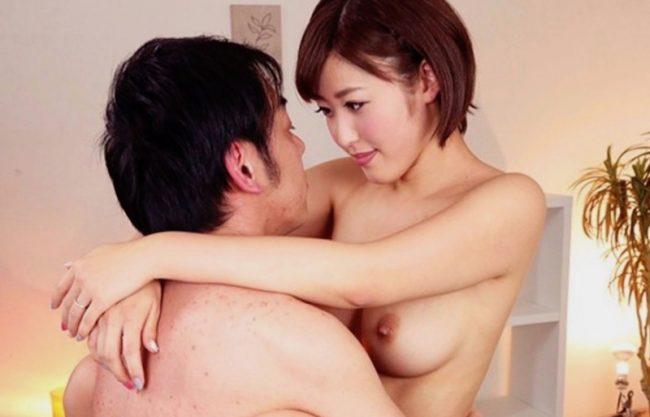 〔水野朝陽〕淫乱痴女のお姉さんがM男を調教!綺麗なおっぱいと淫語の飴と鞭のセックスw
