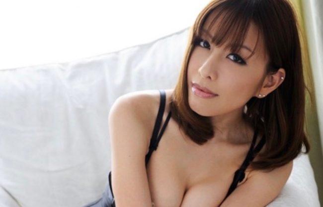 「もっとおぉついてぇええ〜」淫乱痴女の爆乳おっぱいのお姉さんが激しく犯され寝取られる姿をハメ撮り!
