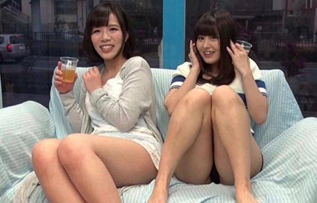 〔MM号〕爆乳おっぱいのJD達と乱交セックス!ショートカットの感じるお姉さんにぶっかける一部始終をハメ撮りセックスw