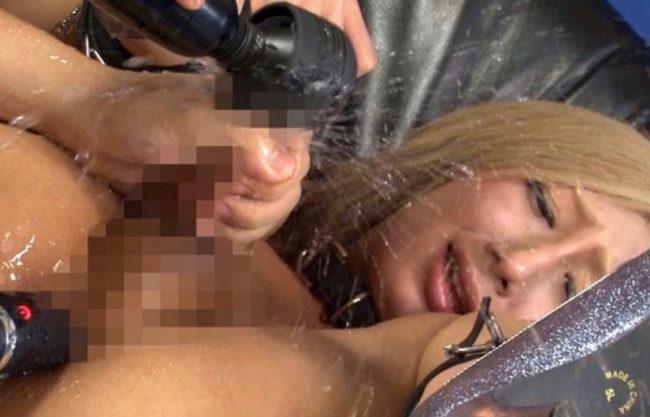 〔NH×女装〕黒ギャルの男の娘が電マで犯されまじ逝きセックスw寝取られ感じる姿をハメ撮り激写!