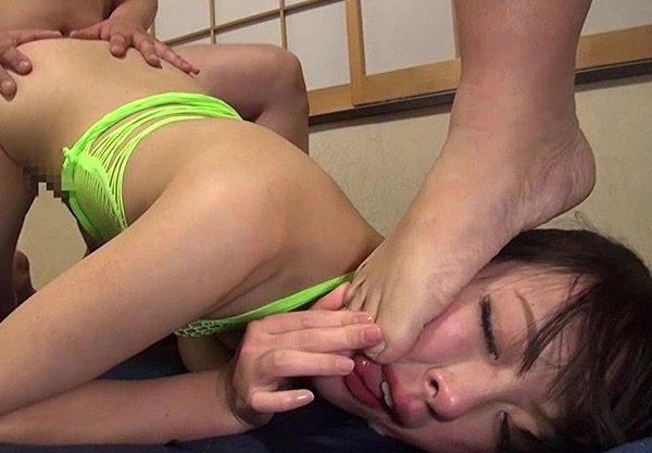 〔SM輪姦〕調教セックスで興奮する変態娘wエッチな美女の姿をハメ撮りw