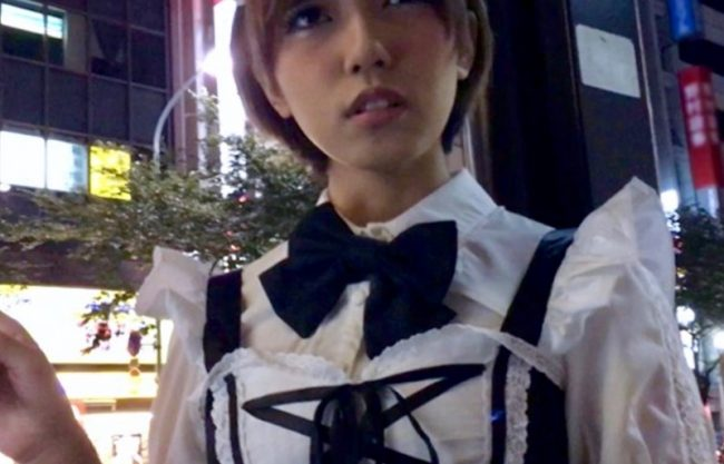 【外人×ナンパ】メイドコスプレした美少女がエッチなご奉仕w犯され感じる姿をハメ撮りw
