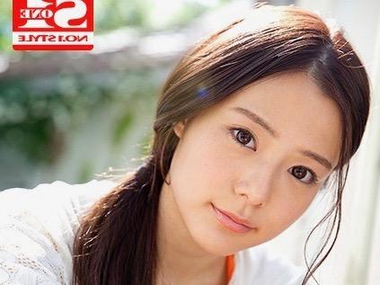 〔AVデビュー×吉高寧々〕激カワ美少女のアイドルがAV解禁!脱がされ赤面する美少女アイドルのデビューを激写したエロ動画!