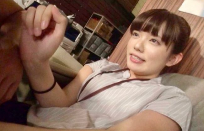 〔SOD女子社員〕初めてのエッチ撮影でドキドキ涙目!激カワ美少女がついにデビューするドキュメンタリーを激写したエロ動画!